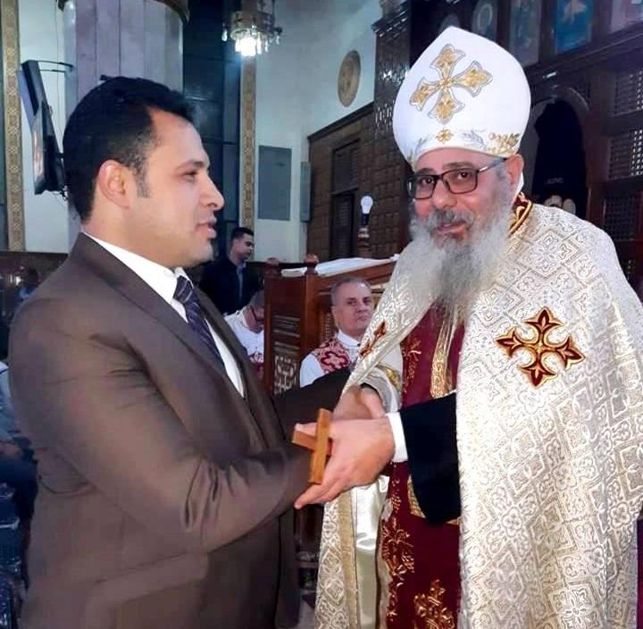 """ياسين عبدالمنعم - أمين عام أمانة شباب """"حزب المصري"""": في كنيستي مارجرجس وشجرة العذراء مريم لتهنئة الأخوة المسيحين."""