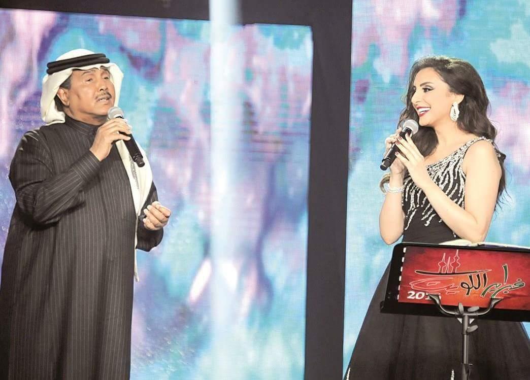 أنغام ومحمد عبده يضيئان سماء البحرين في احتفالات 25 يناير بمصاحبه المايسترو هانى فرحات.