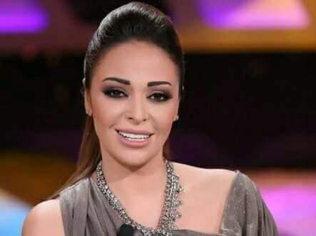 تكريم داليا البحيري في ديفيليه بهيج حسين 2018